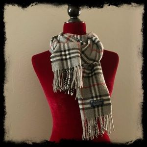 BURBERRY plaid lambswool scarf 🧣 grey